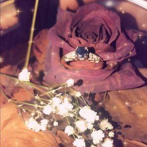 Jewelry - 14k gold sapphire ring